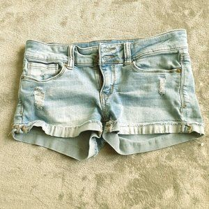 MUDD Size 5 Jean Shorts Factory Distressed